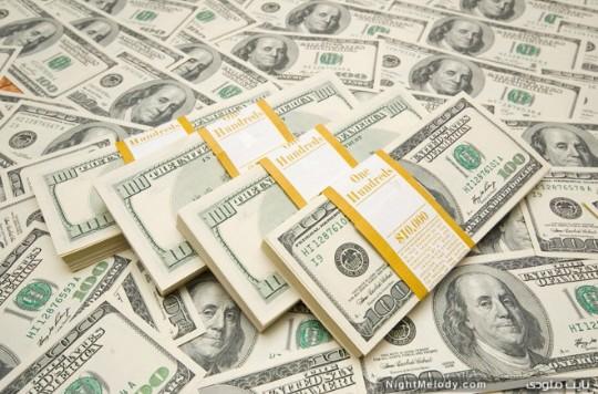 بیارزش شدن دلار ایالات متحده